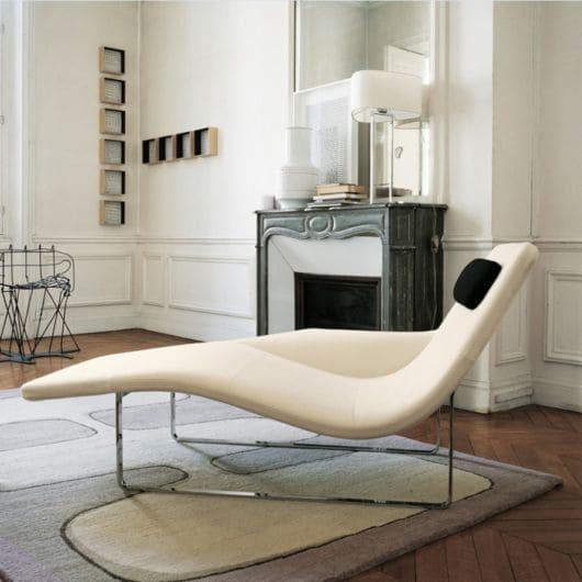 Chaise longue com design moderno (foto: Casa e Construção)