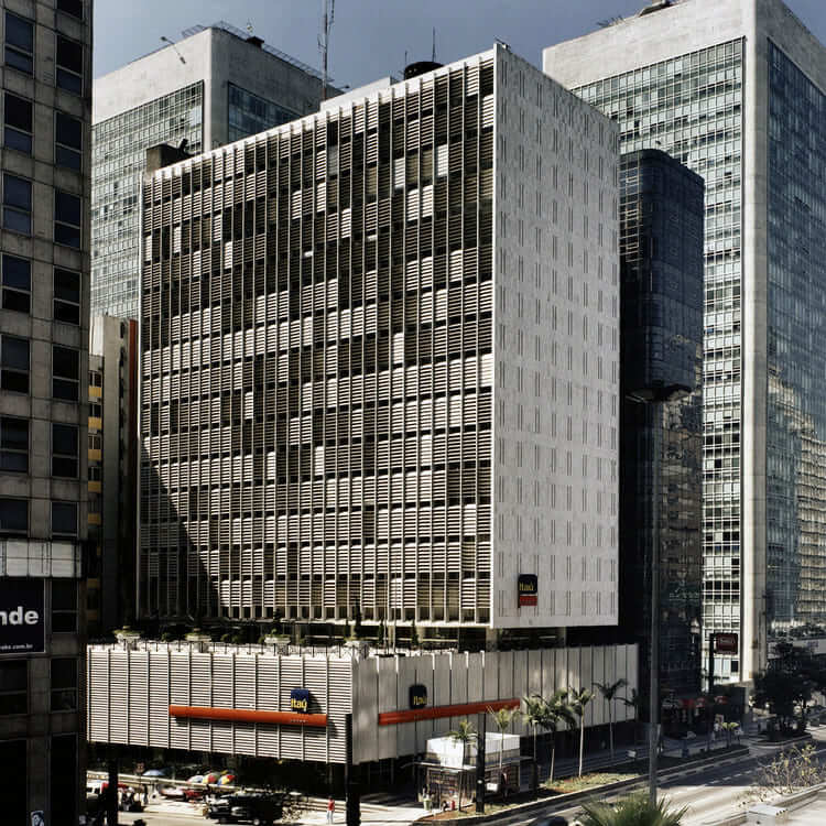 Rino Levi: Edifício Sul-Americano (foto: ArchDaily)