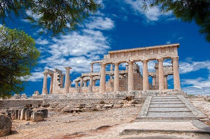 Templos gregos: o templo de Afaia continha esculturas retratando a Guerra de Tróia. Foto: Arkiplus