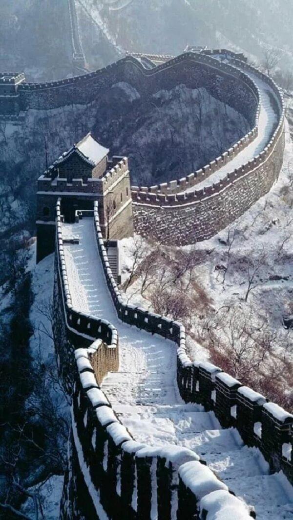 As imagens da Muralha da China vista do espaço não são verdadeiras. Fonte: Traditional Wushu