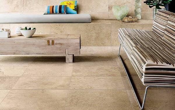 Avalie as vantagens e desvantagens de usar a pedra limestone no seu projeto. Fonte: Magma Mármores