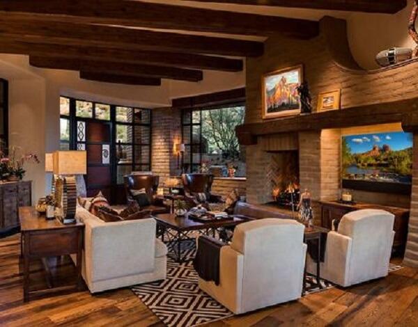 Casas de adobe modernas atrelam sustentabilidade e tecnologia. Fonte: The San Tan Adobe Company