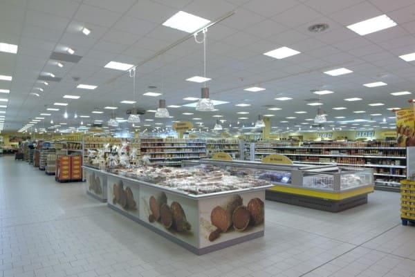 Forro mineral em supermercado (foto: RC Pisos)