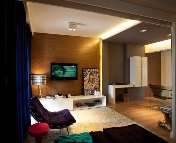 Sanca com LED em sala de estar com decoração contemporânea (foto: Mauricio Karam)