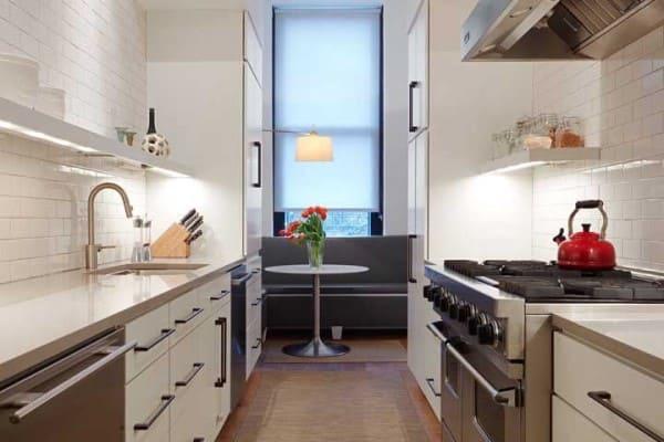Marmoglass de cor neutra em cozinha (foto: Decor Fácil)