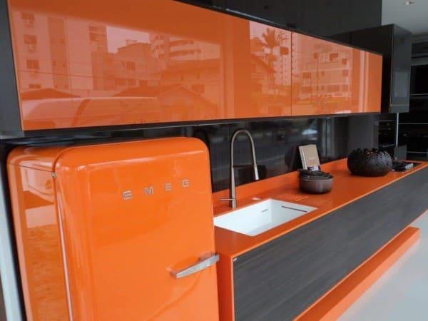 Marmoglass: laranja em cozinha (foto: Total Construção)