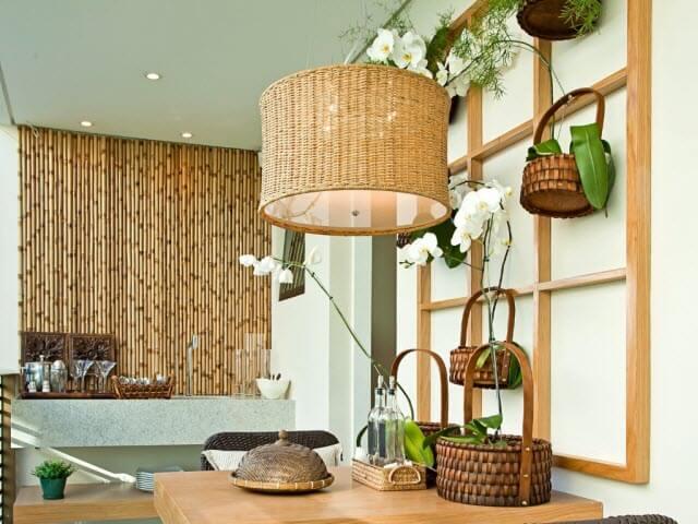 Materiais naturais: decoração sustentável com elementos de bambu. Fonte: Agente Imóvel